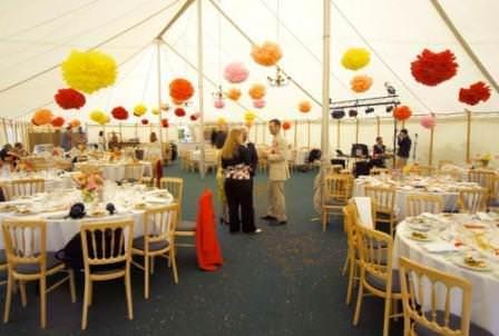 paper pom poms boho weddings for the boho luxe bride. Black Bedroom Furniture Sets. Home Design Ideas