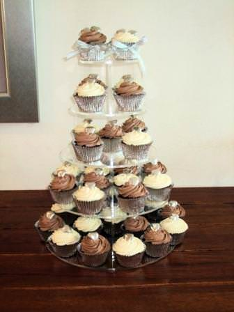 Gust blogger designing your wedding cake boho weddings for the i recently created a cupcake tower for a marriage vow renewal ceremony and the help yourself option went perfectly with the fantastic buffet of authentic solutioingenieria Image collections