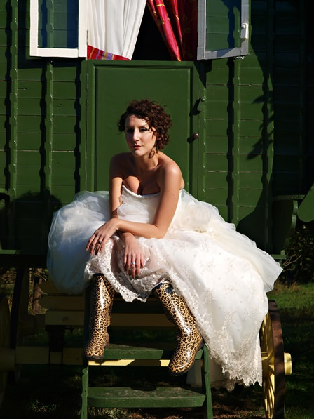 Gypsy camps and ducks......a gorgeous treasure the dress shoot!