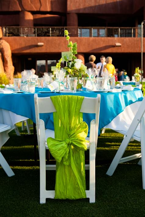a bright and cheerful teal and apple green wedding from the red rocks of utah boho weddings. Black Bedroom Furniture Sets. Home Design Ideas