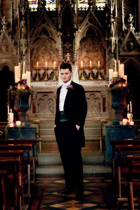 gothic bridal shoot