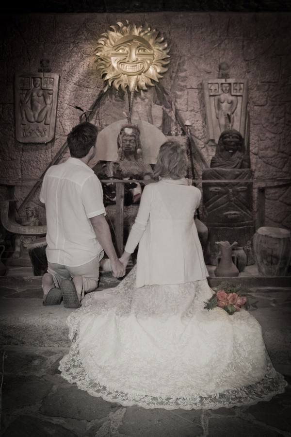 Ecuador Wedding - 2 people 1 life