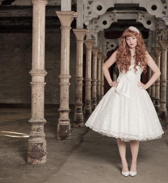Bridal Style: 50s Style Wedding Dresses - Boho Weddings For the Boho ...
