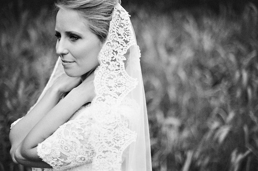 bride in vintage veil