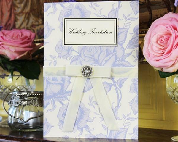Vintage Invitations - Roses and Diamonds Invitation