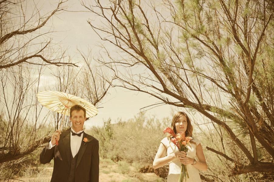 wedding couple in the desert
