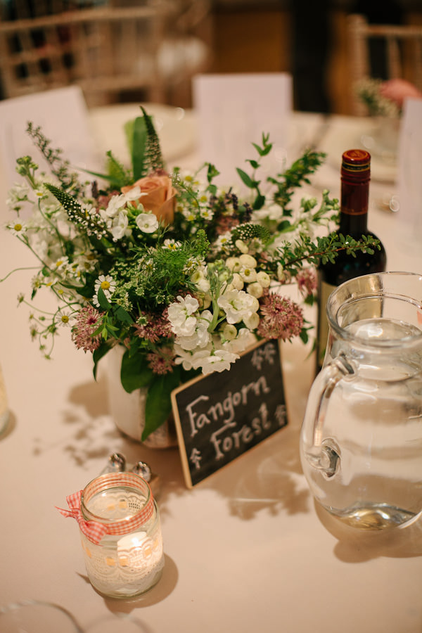 rustic table centres