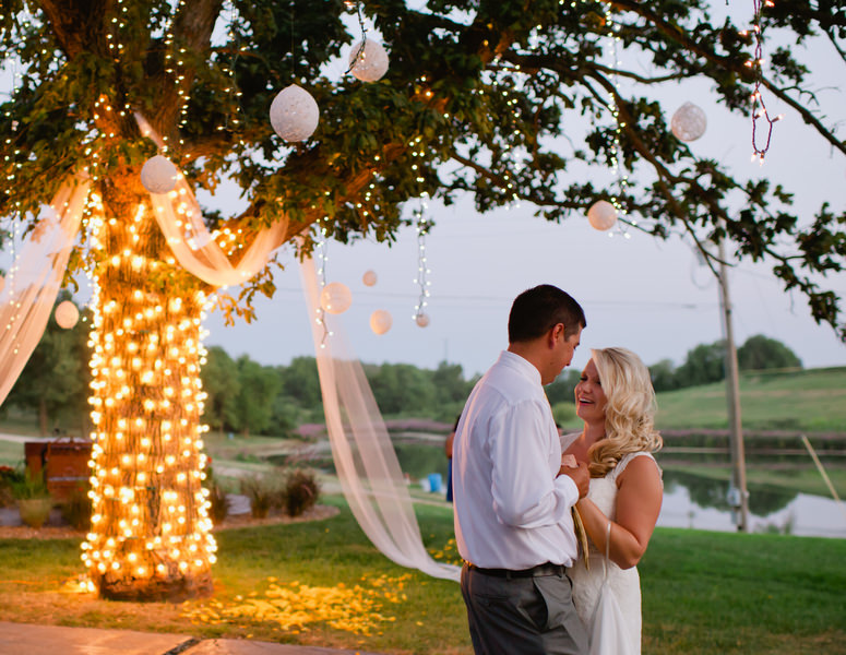Outdoor Kansas Wedding By Laura Benitz