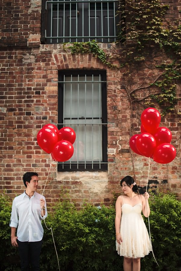 Australian engagement shoot with rd balloons
