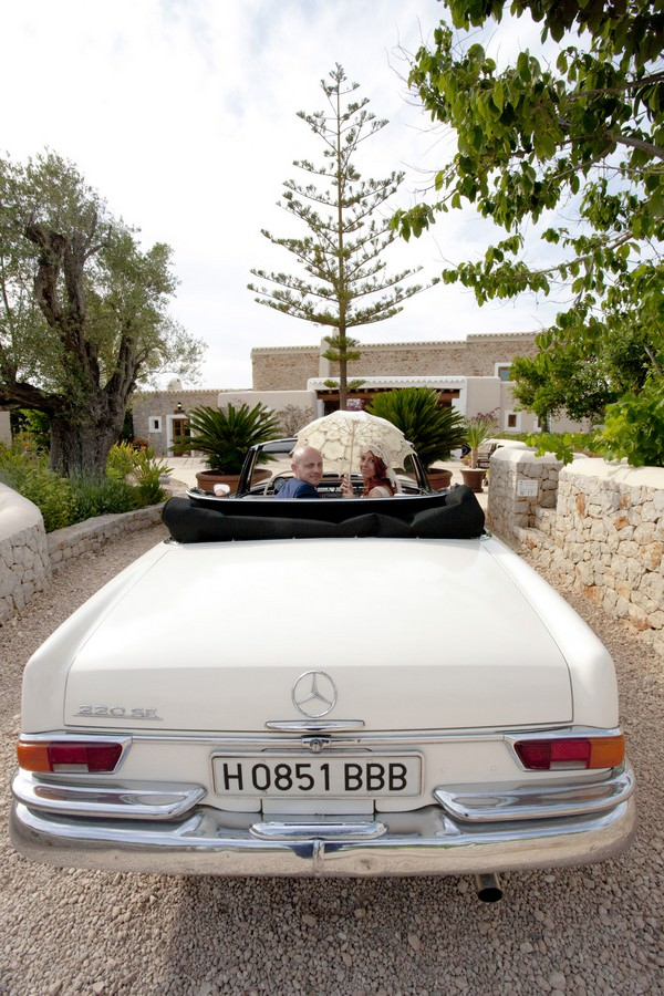 Ibiza wedding couple in wedding car
