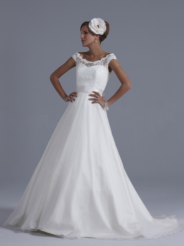 2013 Collection from Sassi Holford