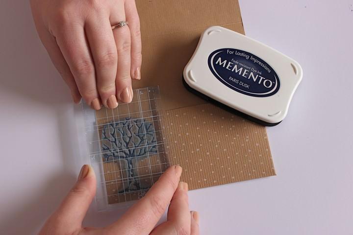 how to make Kraft Pocketfold Invitations