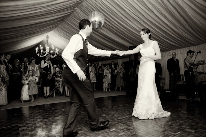 first dance for somerset couple