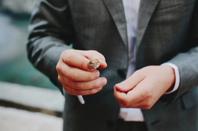 groom with Tiffany cuff links
