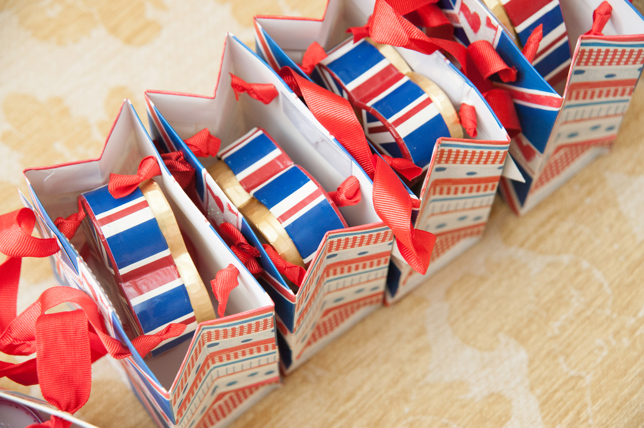 London Themed Wedding Favours Midway Media