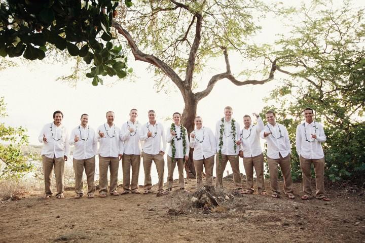 group shot at a Hawaii wedding