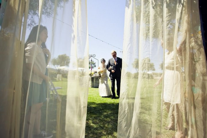 18 DIY Outdoor Wedding in Sunny California