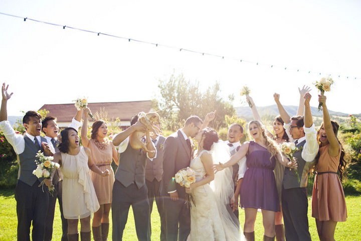 31 DIY Outdoor Wedding in Sunny California