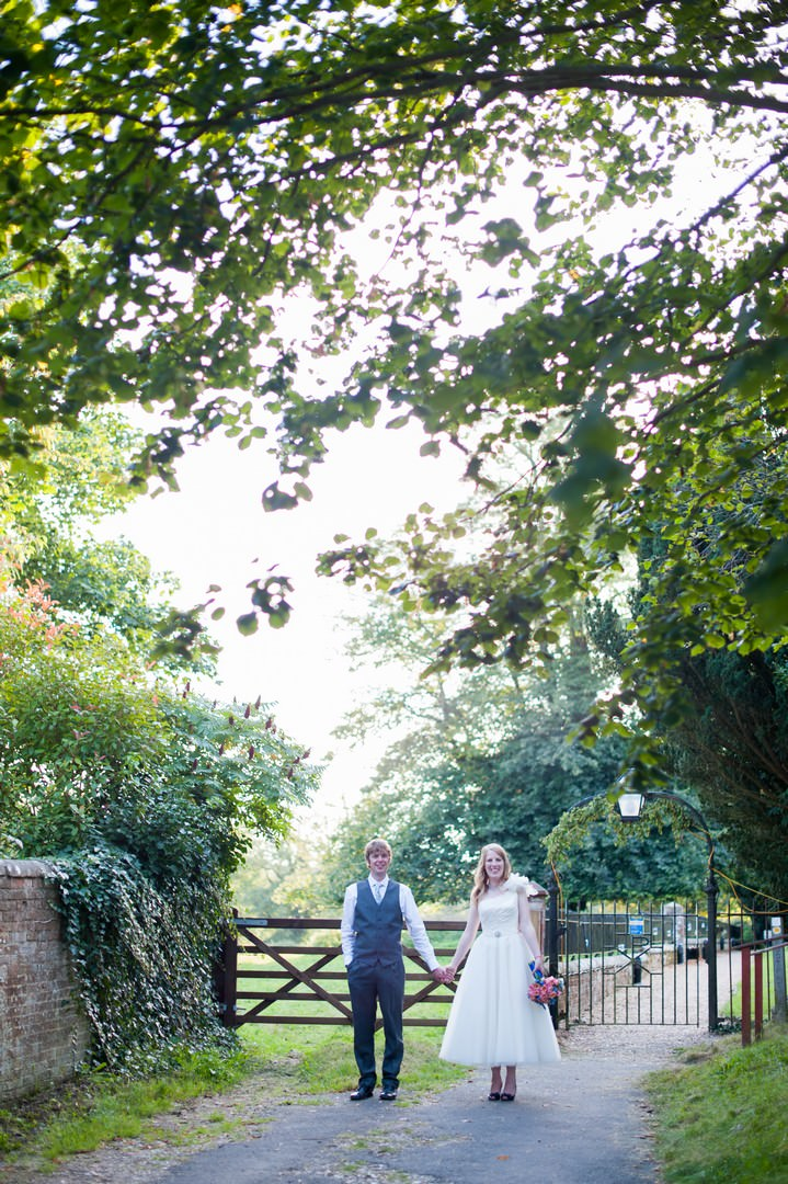hampshire wedding couple