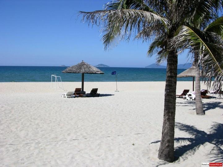 CUa_Dai_beach