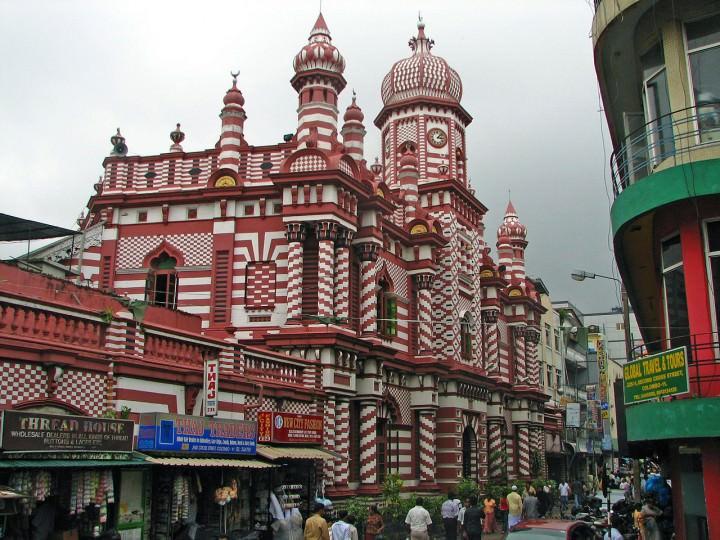 the jami ul alfar mosque colombo sri lanka