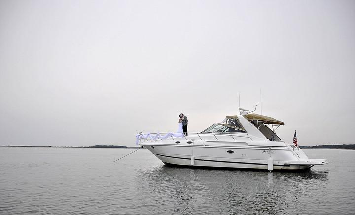 2 people 1 life - yachts of fun