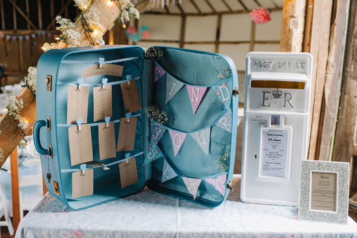 22 Rustic Pretty Wedding in Kent by Jacqui McSweeney