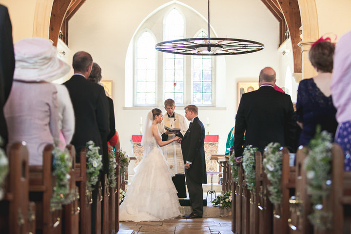 15 English, Country Wedding By Tom Redman