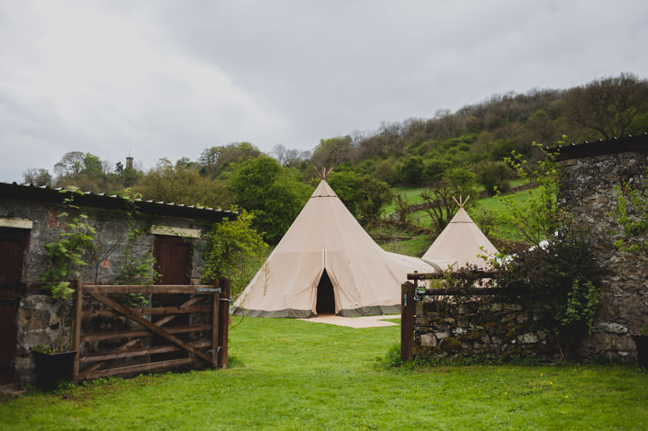 15 Summer Fete Homespun Barn Wedding. By Toast of Leeds