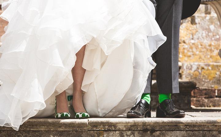 2 English, Country Wedding By Tom Redman