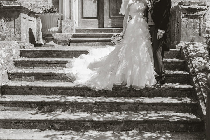 24 English, Country Wedding By Tom Redman