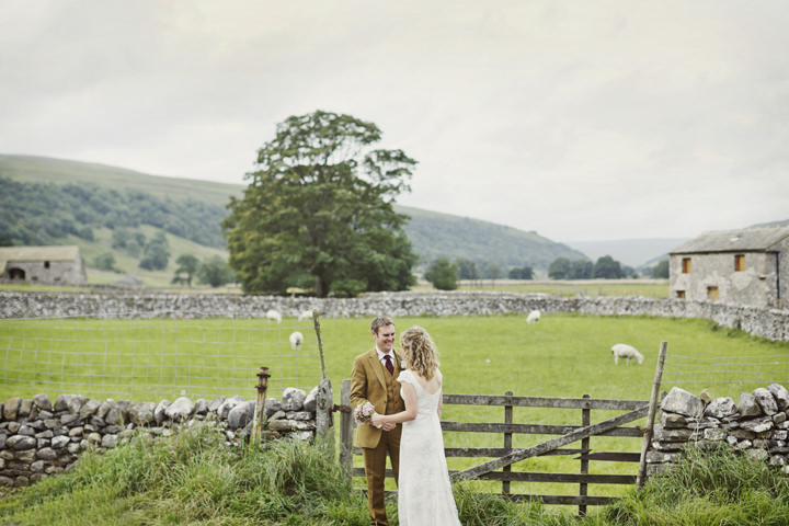 37 Hay Bales and Tractor Loving Yorkshire Wedding My Mark Tattersall