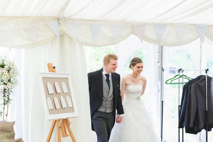 43 English, Country Wedding By Tom Redman