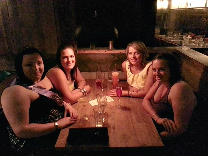Blackhouse Bar & Grill with the girls2