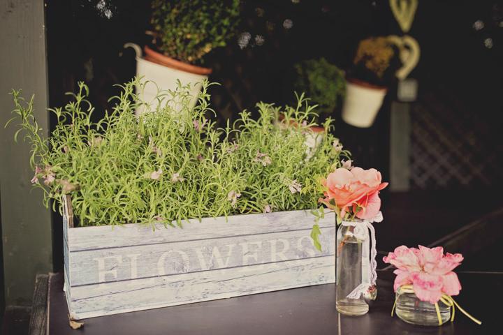 Vintage Garden Wedding at Parley Manor in Bournemouth ...