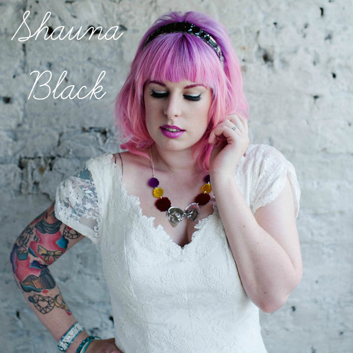 shauna black worn