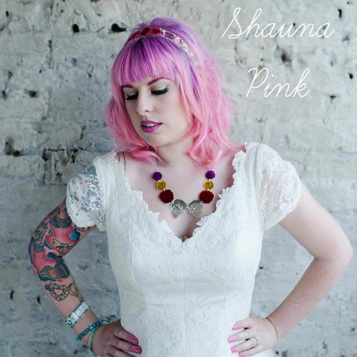shauna pink worn