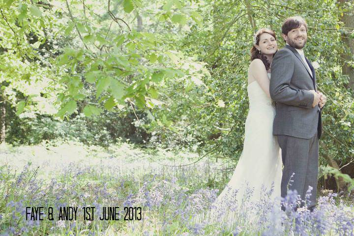 1a Travel Themed Relaxed Summer Wedding
