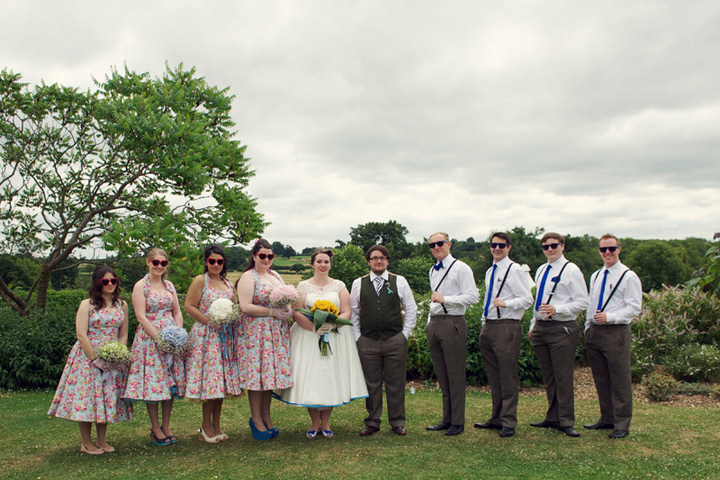 20 1950's Garden Party Wedding
