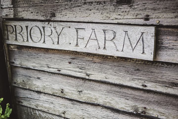 20 Rustic Chic Barn Wedding in Suffolk