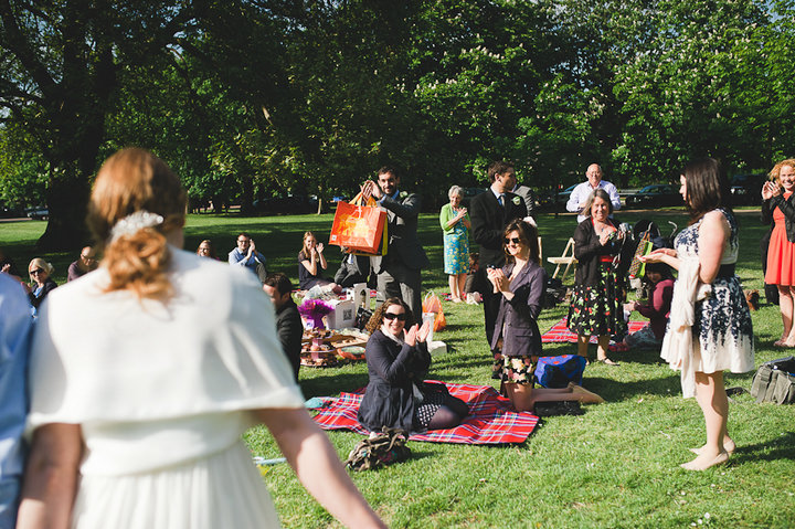 28 London Picnic Wedding By Kristian Leven
