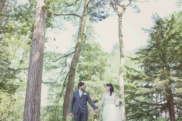 28 Travel Themed Relaxed Summer Wedding