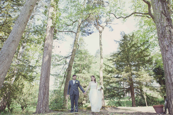 32 Travel Themed Relaxed Summer Wedding