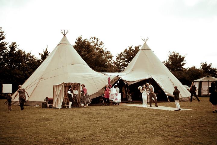 14 Rustic Vintage Wedding in  Somerset