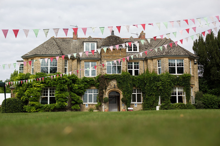 17 Summer Fete Wedding in the Cotswolds