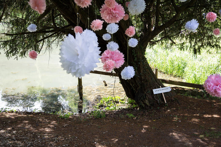 23 Summer Fete Wedding in the Cotswolds
