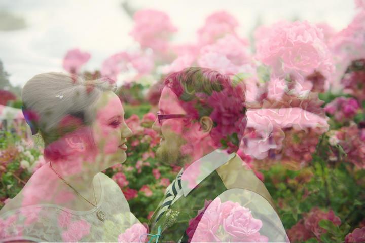 4-1950s-Garden-Party-Wedding