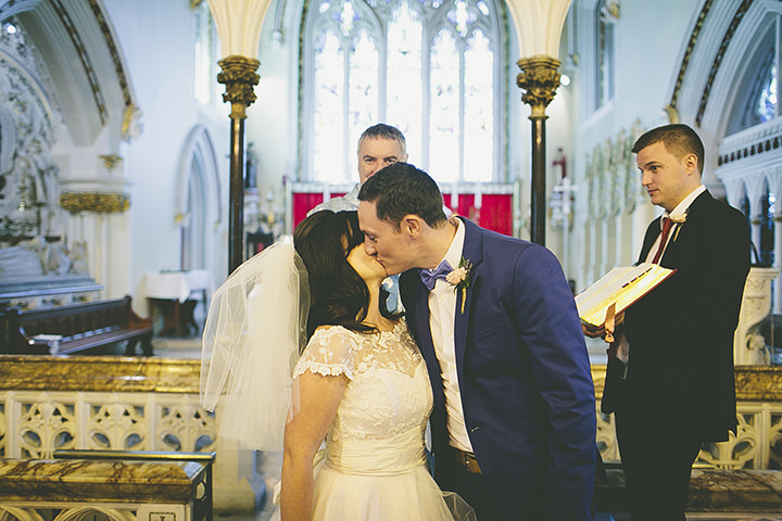 18 London Wedding in a riverside pub By Photofactory