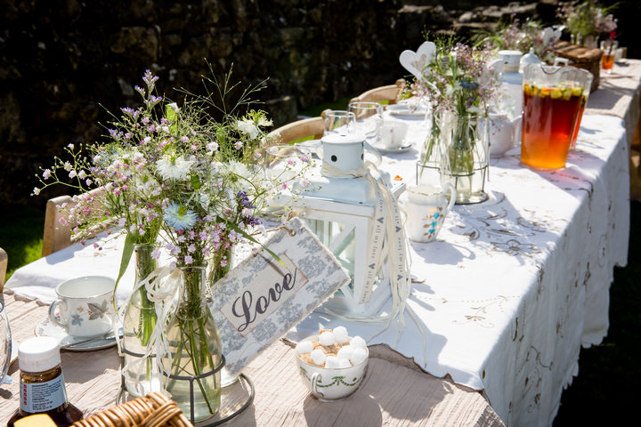 2 Yorkshire Picnic Wedding at Byland Abbey