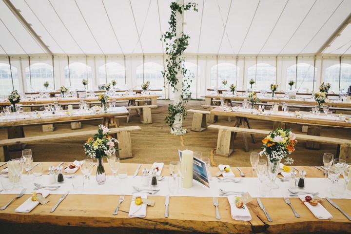 26 Cornish Farm Wededing By Helen Lisk